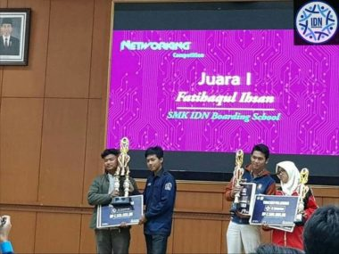 Juara 1 Lomba Networking ELINATION 2018