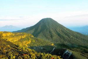 gununggede